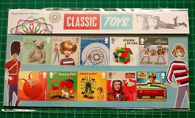 Royal Mail Mint Stamps 2017 Classic Toys Presentation Pack 545 22.8.17