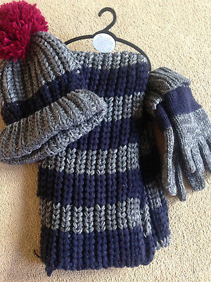 BNWT NEXT Navy Grey Stripe Bobble Hat Scarf & Gloves Set 7-10 Years