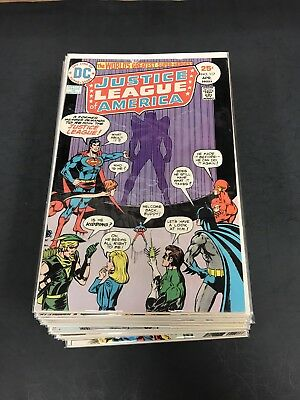 Justice League America 117-142 F/f+ Or Better Nice Run 26 Iss.
