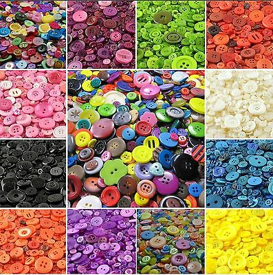 Plastic  Mixed Buttons / Plastic Buttons / Assorted Buttons / Arts & Crafts
