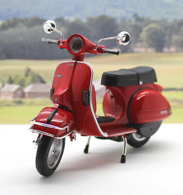 Red 1/12 Vespa P200E del Scooter Boys Dad Toy Model Xmas Birthday Present Gift