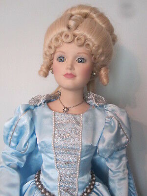 Cinderella Mbi 1987 Porcelain Doll 25 Inches Tall Collect Only Stunning Pretty