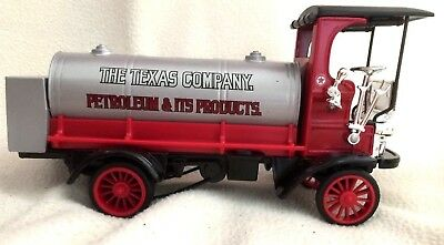 The Texas Company (Texaco) Petrolium and It's Products 1910 Tanker