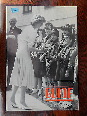 Girl Guides Magazine.  August 1985. Princess Diana meets Guides. Rare Free P&P