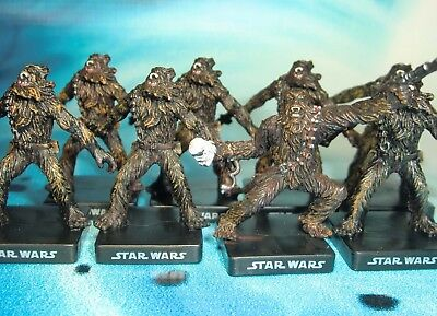 Star Wars Miniatures Lot  Chewbacca Wookiee Freedom Fighter !!  s97