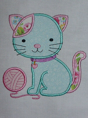 Cute Kitty with Wool ~ Embroidered Applique Quilt Block/Panel