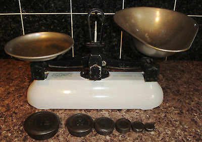 Avery kitchen scales / balance with set of weights