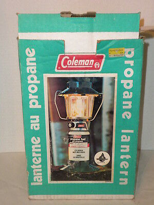 COLEMAN CANADA 5419A-701 SINGLE MANTLE PROPANE LANTERN WITH BOX 1981 (lot a)