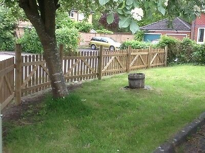 PICKET FENCE PANELS 1.8 X .9m PRESSURE TREATED FREE LOCAL DELIVERY BESPOKE 6x3