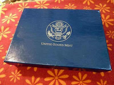 ~> 2007 U.S. MINT Uncirculated Gift Set ~ 28 P & D COINS in Sealed U07 box