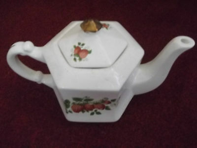 Teapot with Strawberries.