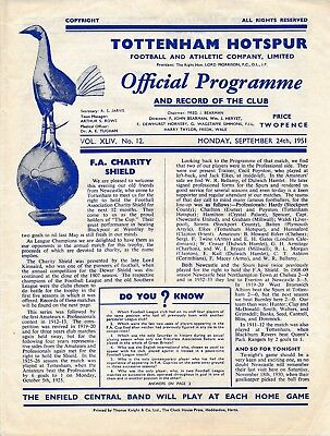FA CHARITY SHIELD 1951 Tottenham v Newcastle United clean horizontal centre fold