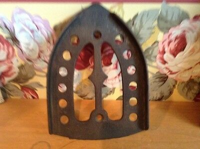 Antique cast iron kitchen footed iron trivet