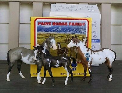 Breyer 2017 Vintage Club Paint Horse Family. #712211. Classic AQHA's Factory New