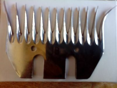 Pack of 5 JB Shearing Comb - 13 Teeth, 96mm Wide and pack of 10 JB cutters 4mm
