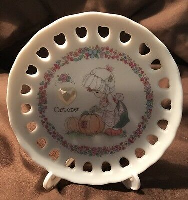 Precious Moments Decorative Plate Octobe Birthstone 1994 with stand