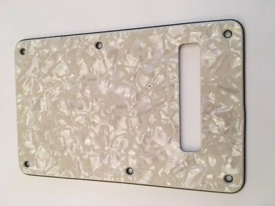 Stratocaster Backplate vintage cream pearl 3 ply