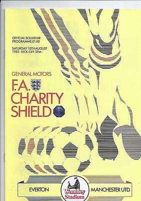 Everton v Manchester United Charity Shield Football Programme 1985