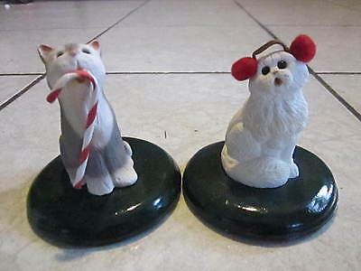 Byers Choice Cat Set of 2 Carolers