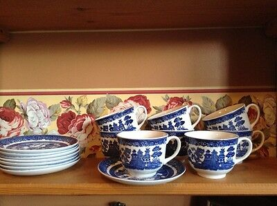 Johnson Brothers England blue willow 8 cups and saucers