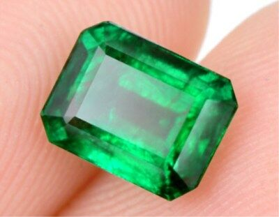 Natural Mined 4.265ct Green Emerald Colombia 9x11mm Emerald Cut AAA Gemstone