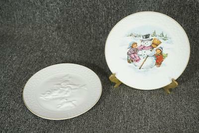 Set Of Two Vintage Avon Christmas Collectors Plates 1985 And 1986