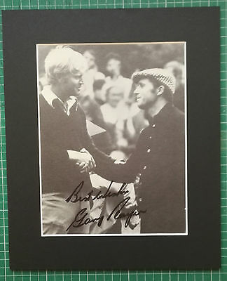 "GARY PLAYER - SOUTH AFRICAN GOLFER  ORIGINAL SIGNED PICTURE IN MOUNT 12"" x 10"""