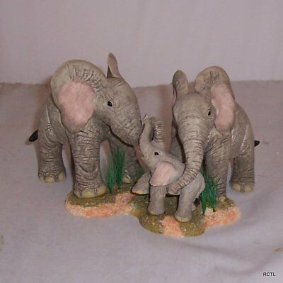 Country Artists Tuskers - Family Time Model No CA91377