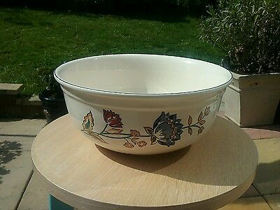 """Retired Boots """"Camargue"""" Large Deep Ceramic Mixing Fruit Bowl Mint condition."""