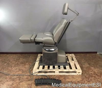 Midmark Ritter 75 Evolution Power Procedure Exam Chair with Footswitch