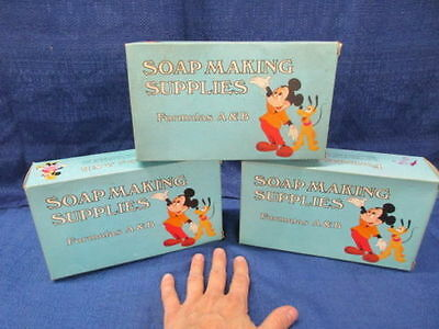 Vintage Walt Disney Mickey Mouse Soap Making Supplies ** Very Nice Collectibles!