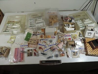 Mixed Lot of Dollhouse Miniatures Small Town Treasures Furniture