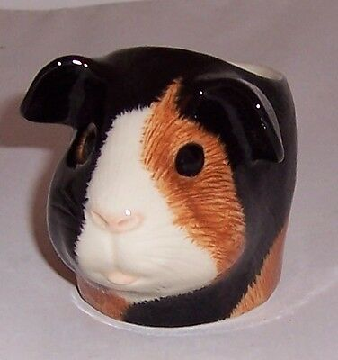 QUAIL Multi Guinea pig Faced Egg Cup