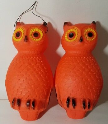 2 UNION PRODUCTS Blow Mold OWL HALLOWEEN ORANGE 14'' Hanging Lighted VINTAGE (B)