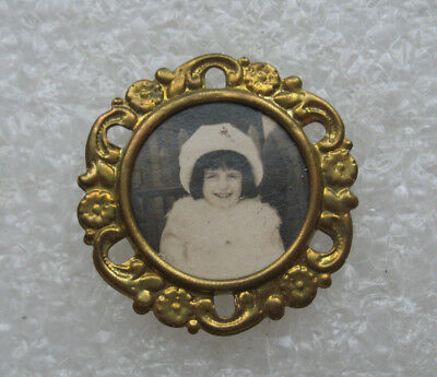 Antique Childs Mourning Photo Pin Button