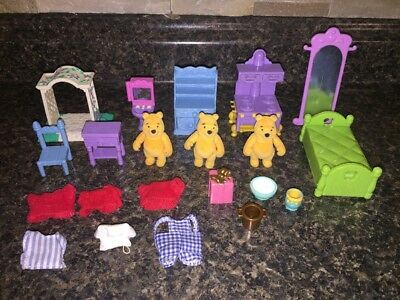 Disney Winnie-the-Pooh Lot 15 Friendly Places Furniture/Flocked Figures/Clothes+
