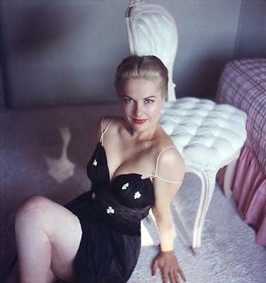 Martha Hyer  in low cut dress in her bedroom very rare  8x10 Photo 4422