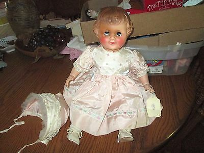 """19"""" Vintage American Character Vinyl Doll *Molded Hair *Crier non working"""