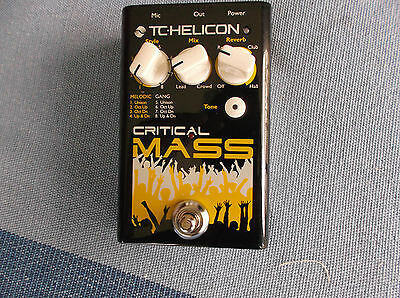 TC  Helicon Critical Mass Vocal Effect Pedal with power supply