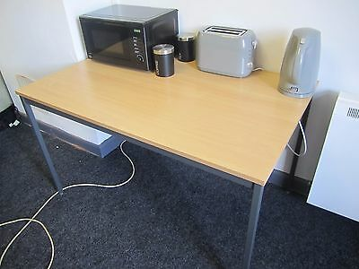 Office desks 120cm x 80cm many available, full office clearance