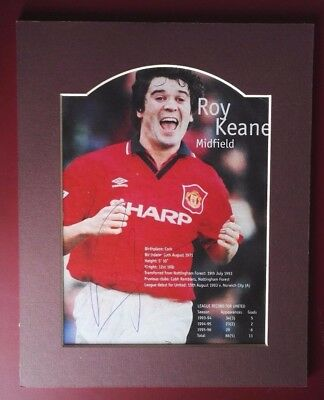 "ROY KEANE - MANCHESTER UNITED & IRELAND SIGNED PICTURE IN MOUNT 10"" x 8"" LEGEND"