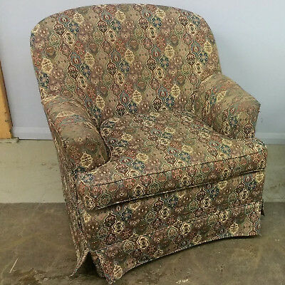 Armchairs - Lounge Chairs - Fauteuils $30ea. 70available!