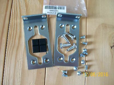 NEW 5069-5705 PRO-CURVE  RACK MOUNT BRACKETS fits J4904 J8692 J4965 J4964 + more
