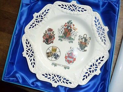 Boxed,leeds Creamware 27Cm Diam Charger With Sedgefield District Armorial Crests
