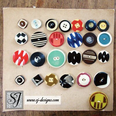 vintage Art Deco style Buttons collection of 26 celluloids on card geometrics