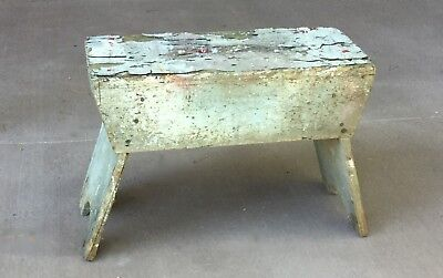 Primitive vintage portable utility bench - Chippy painted wood - Rustic