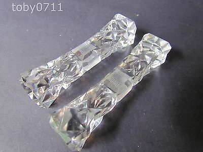 CRYSTAL - A PAIR OF CUT CRYSTAL KNIFE RESTS (Ref1047)