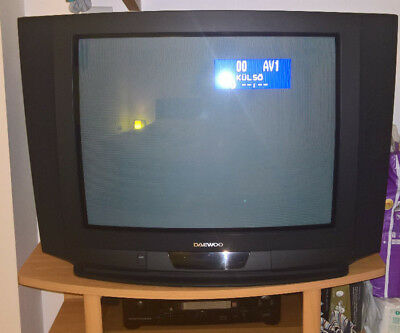 """Daewoo 28"""" / 70cm TV Television with remote control"""