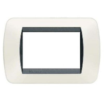 BTICINO LIVING INTERNATIONAL placca 3P plastica bianco s.