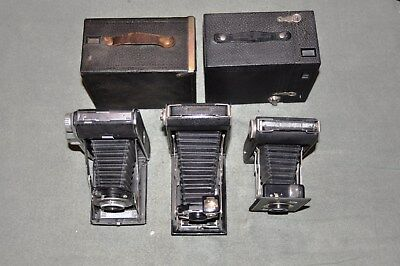 5 PIECE LOT OF VINTAGE ANTIQUE CAMERAS. Great addition to any decore.
